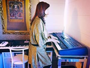 Anaya & keyboards