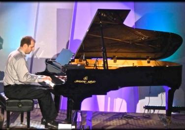 Tim in concert