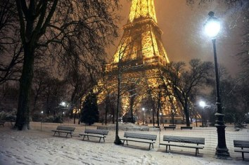 eiffel-tower-lights-paris-snow-Favim.com-1509973